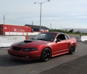 Dany Lemelin, directeur activités internes / Mustang GT 2000
