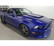 Sylvie Vachon / Mustang GT 5.0  2013
