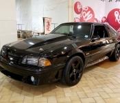 Dany Lemelin, directeur activités internes / Mustang GT 1987